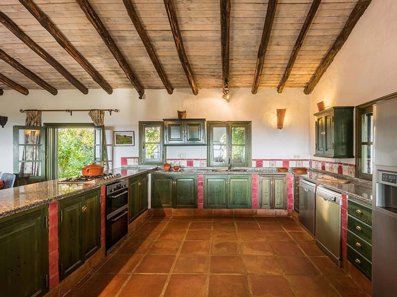 An image of the kitchen