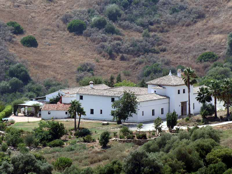 An image of La Hoya in its surroundings