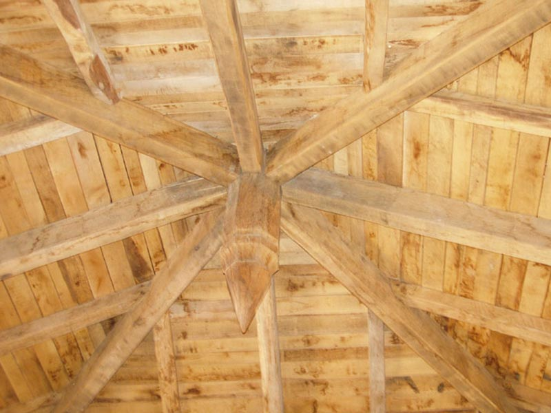 An image of the ceiling of the upstairs salon